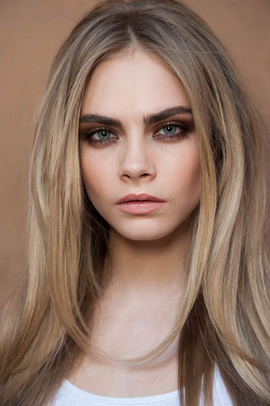 Cara Delevigne blonde haircolor hairstyle