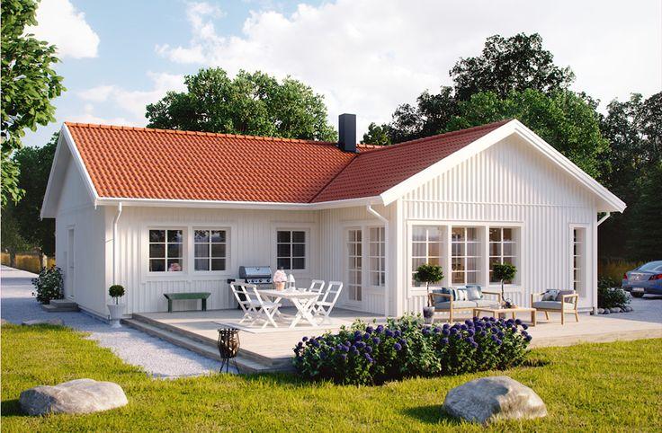 Villa Växjö är ett vinkelhus om 119,1 m2. Detaljer som högsmala hörnfönster och öppen planlösning mellan vardagsrum, kök och allrum ger huset ett ljust och modernt uttryck. De två sovrummen är placerade i husets andra vinkel, tillsammans med ett badrum, klädkammare och tvättstuga. Med alternativ planlösning kan Villa Växjö lätt bli 5 rum istället för 4. #smålandsvillan #villaväxjö #hus #bygganytt #nybyggnation #inspiration #hustillverkare