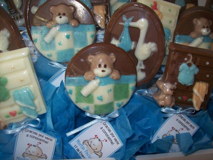 Chupetines de chocolate para nacimiento www.palermodulce.com.ar