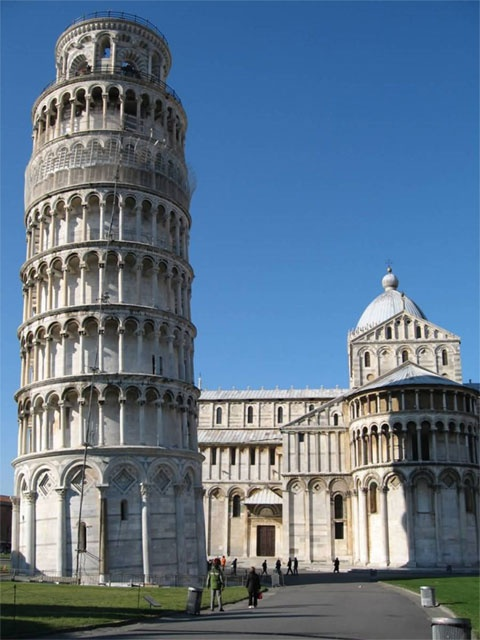 La Torre Pendente di Pisa, known on this side of the pond as the Leaning Tower of Pisa is an interesting destination like no other. Built in Pisa, #Italy between 1173 and 1372, trouble for this famous tower started early on when it was discovered the soil on which the foundation was constructed was too weak to support the structure itself.