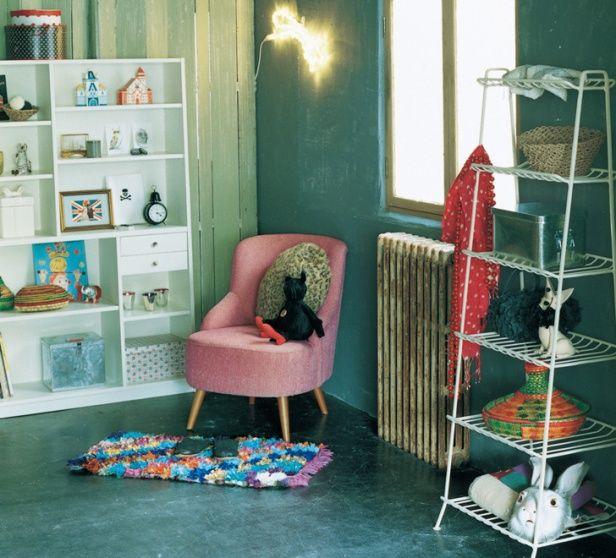 ≪unico≫の一人掛けソファ。ピンクでとってもキュート。