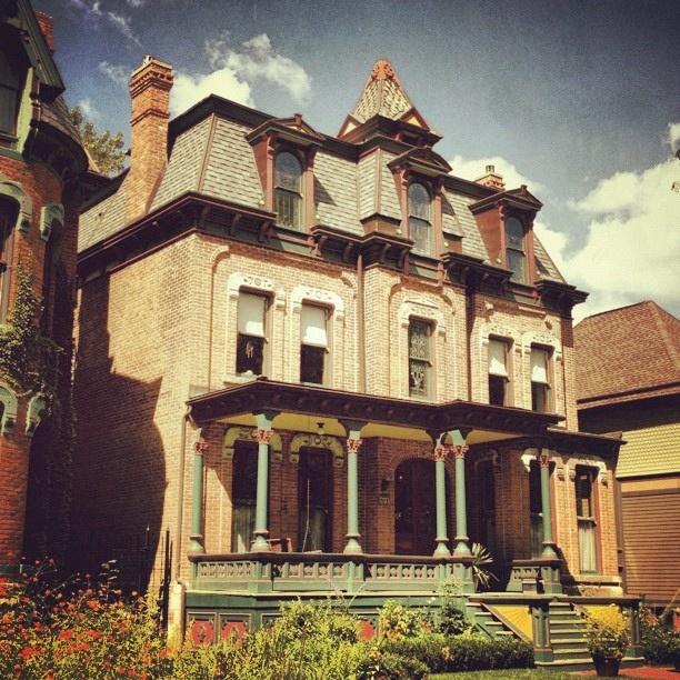 1000 images about old detroit on pinterest the old bob for Detroit architectes