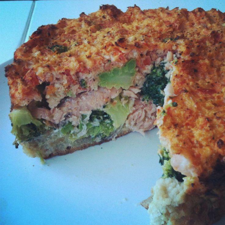 Weer een heerlijk recept van onze Rhodé, deze hartige broccoli met zalm is echt verrukkelijk en gezond!