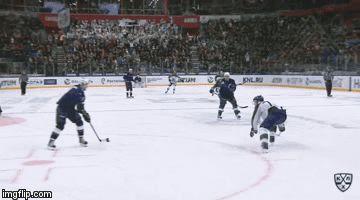 The calmest KHL goalie EVER.