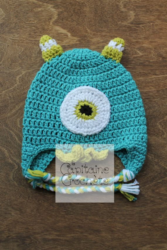 SALE 2-5 years old hat monster aqua green by LaCapitaineCrochete