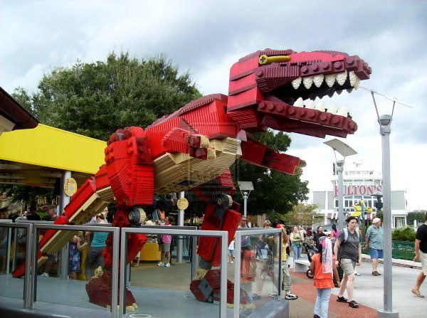 Giant T-Rex - amazing lego creations.
