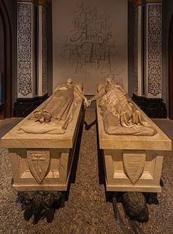 Mausoleo de los amantes en la iglesia de San Pedro de Teruel, obra de Juan de Ávalos. Los amantes de Teruel.