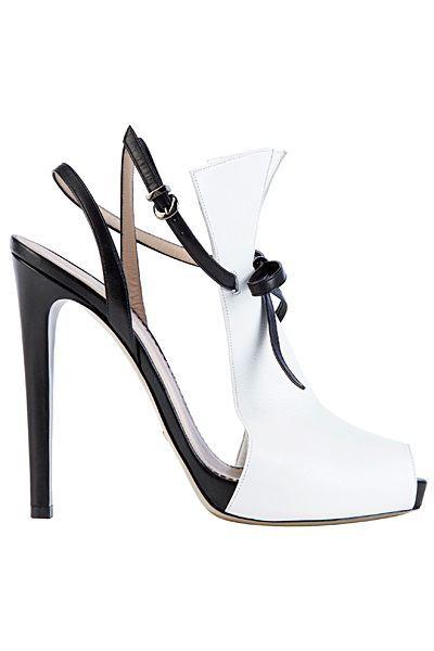 Tendance chausseurs : Emporio Armani  White  Black Leather High Heel Sandal – Ananas 👑💖