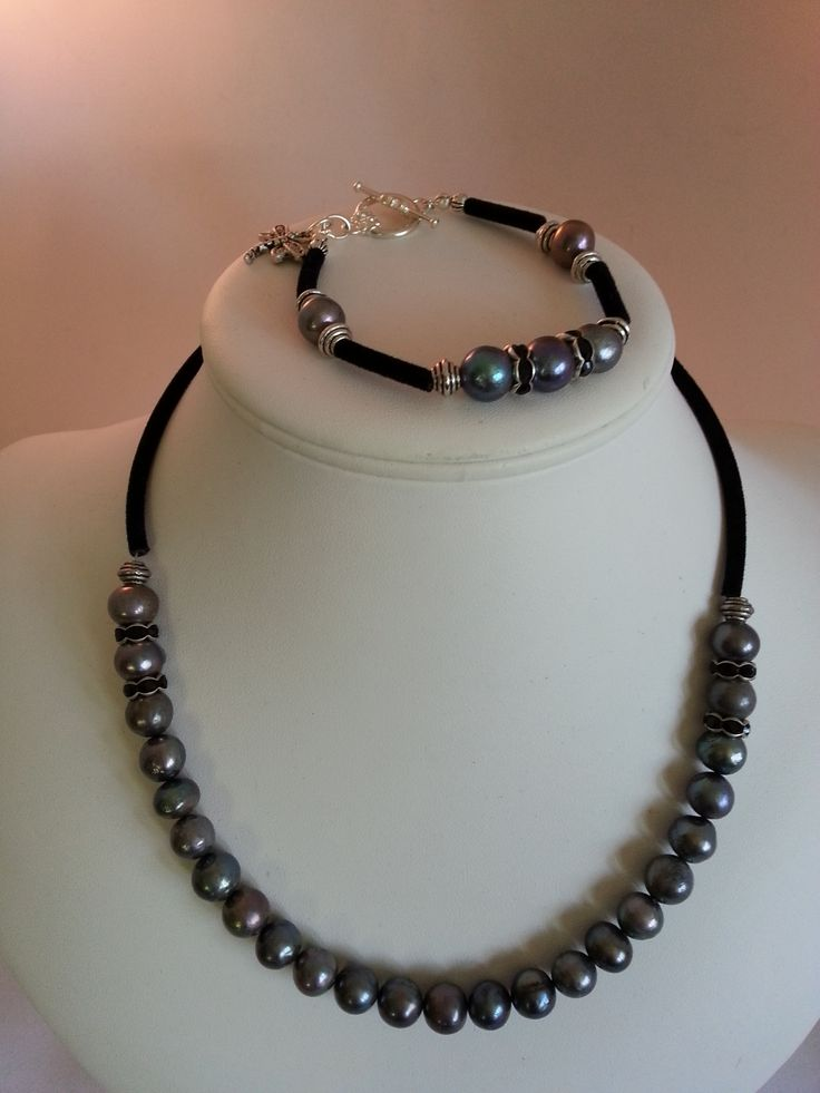 Blue freshwater pearl necklace and bracelet set