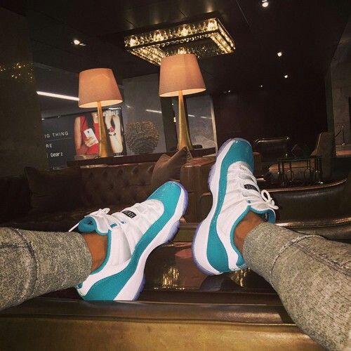 "Air Jordan 11 Low GS ""Aqua Safari"""