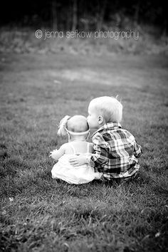 Super Adorable, Extra Cute Photos of Siblings