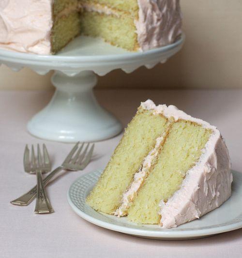 Pink grapefruit cake: Layered Cakes, Grapefruit Cakes, Pink Grapefruit, Cakes Slices, Lemonade Cakes, Pink Lemonade, Cakes Pies Etc, Cakes Frostings, Birthday Cakes