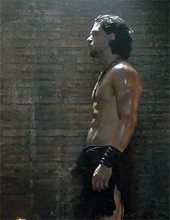 Kit Harington shirtless gif pompeii profile