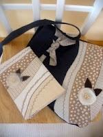 kabelka s obalem na diář