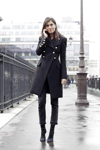 : Parisians Chic, Emmanuellealt, All Black, Military Coats, Emmanuel Alt, Street Style, Trench Coats, Military Chic, Emmanuelle Alt