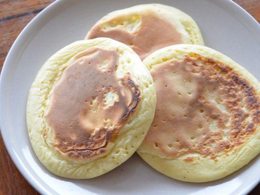 Pancakes très rapides : yaourt, farine, et oeufs - c'est tout!