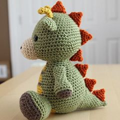 Spike the Dragon amigurumi crochet pattern by Little Muggles