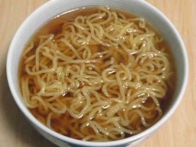 お湯で溶かすだけ!簡単醤油ラーメンスープの画像