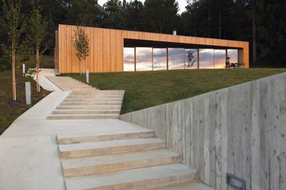 House MJ in Slovenia Ecological Design with Spectacular Results