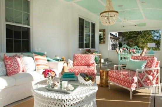 Sea Inspired Summer Terrace Decor In Coral And Aqua
