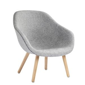 About A Lounge Chair by Hee Welling Producer : HAY (DK)