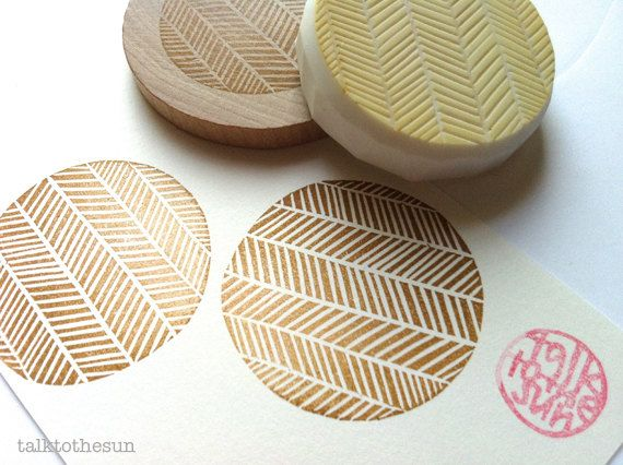 geometric rubber stamp. hand carved rubber stamp. herringbone pattern. circle. mounted.