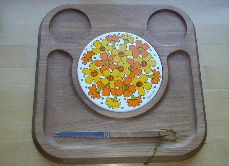 Retro Mid-Century Cheese Board Unused ~ Goodwood Tile Orange Gold Flowers