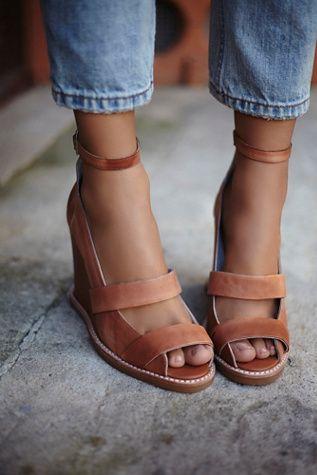 FOOTWEAR - Toe post sandals Jeffrey Campbell bUP7yf4kBt