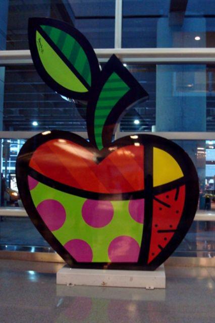 Romero Britto Big Apple