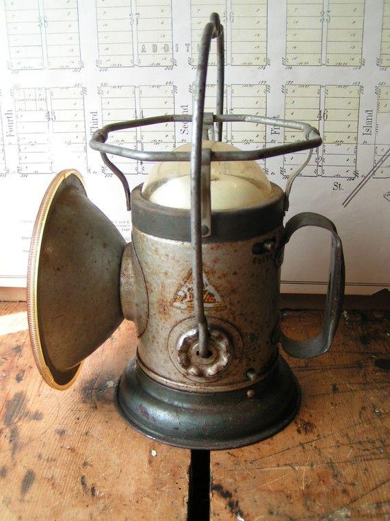Vintage Delta Railroad Lantern Flashlight Old Lanterns