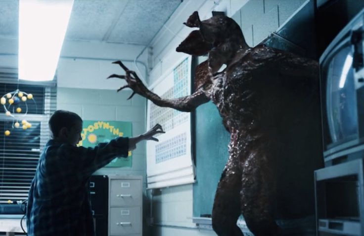 Stranger Things Episode 8>>>this shit you can tell that the thing kinda looks human