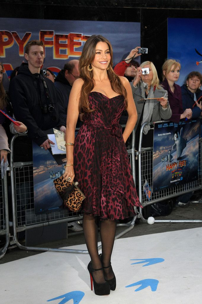 Sofia Vergara Photos - Sofia Vergara at the 'Happy Two Feet' Premiere in London - Zimbio