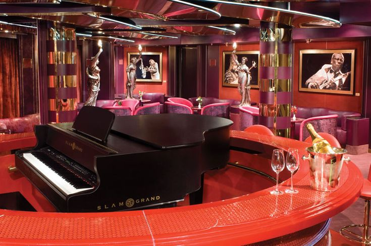 New York is known for its lounge style bars that allow guests to listen round a piano to classic music sipping on cocktails. These piano bars can be found in London and other places
