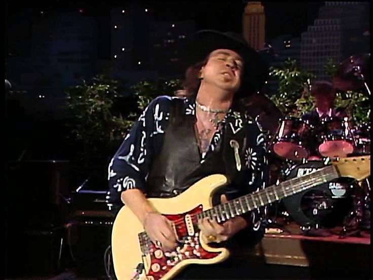 MY ABSOLUTE FAVORITE GUITAR RIF OF ALL TIME. Stevie Ray Vaughan Leave My Girl Alone Live From Austin Texas 1080P