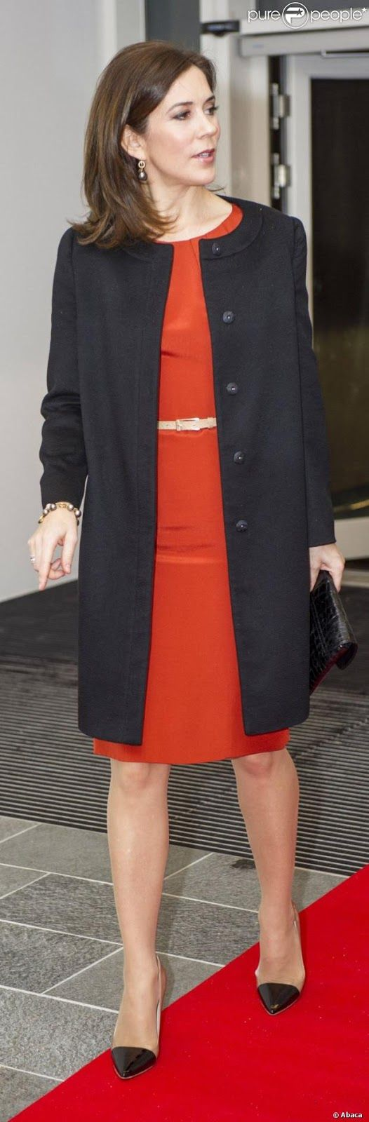 Crown Princess Mary of Denmark coat and dress similar length #21StepsStyleCourse