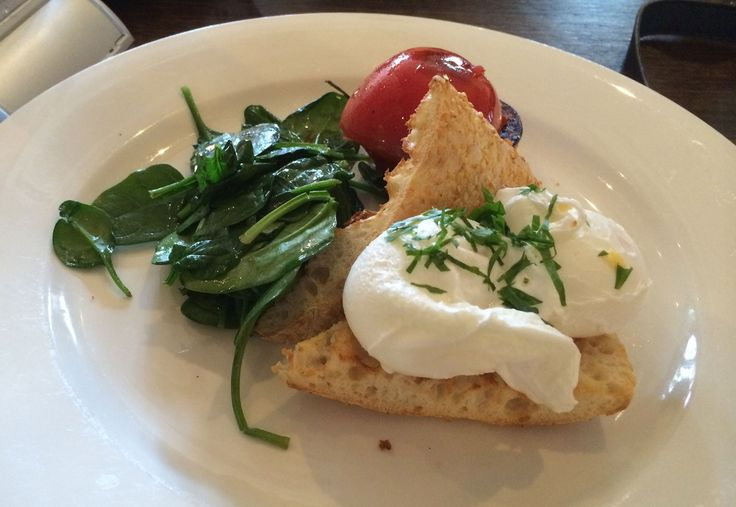 Brunch at Oscar's Hotel and Cafe in Ballarat...I am not sure if the bread was dairy free so put that aside!  #dairyfree #brunch #eggs  http://www.zincmoon.com/eating-out-oscars/
