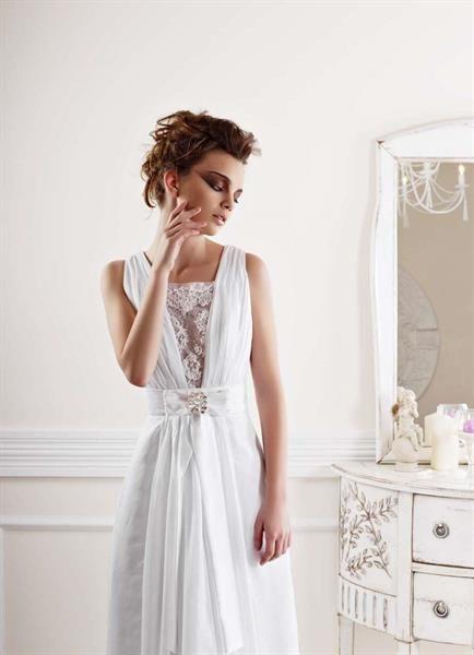 Мода юбка прямая из гипюра