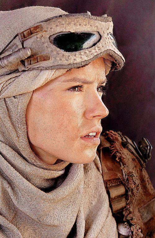 Rey (Star Wars The Force Awakens) , Still from the movie (original