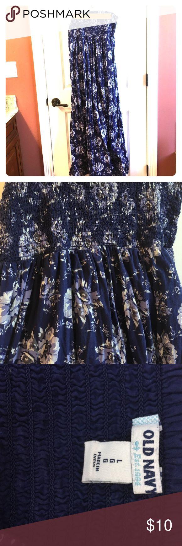 Floral Briny Strapless Maxi Dress Beautiful floral print strapless maxi dress in shades of navy/purple. Flawless. Dog friendly. Smoke free. Old Navy Dresses Maxi