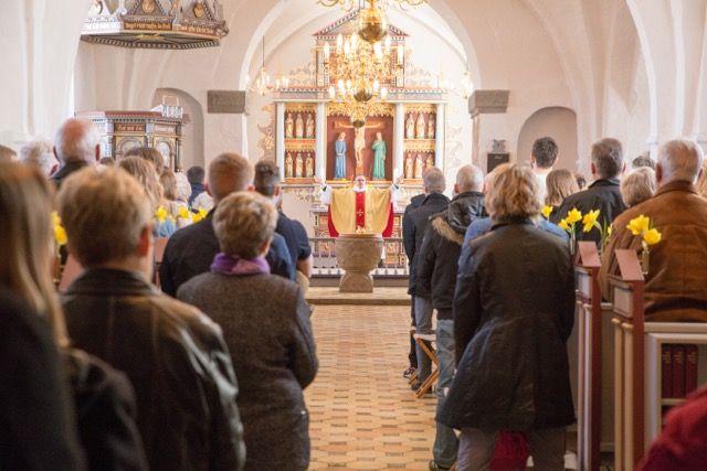 Påskedag i Øster Snede Kirke, Hedensted Provsti
