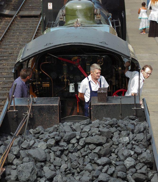 Steam engine crew Steam engine, London brighton, Old london