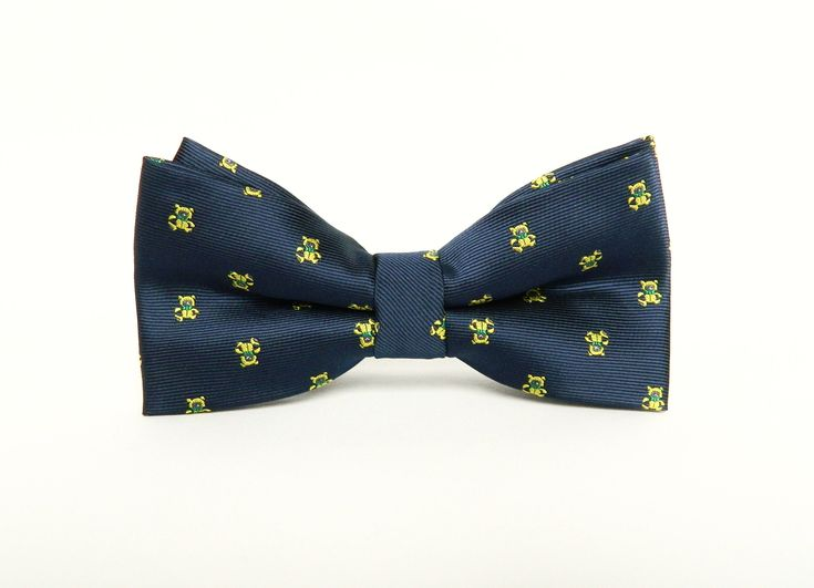 Navy blue patterned silk bow tie Pre-tied wedding navy blue bow tie gift for men groomsmen uk by TheStyleHubTrends on Etsy