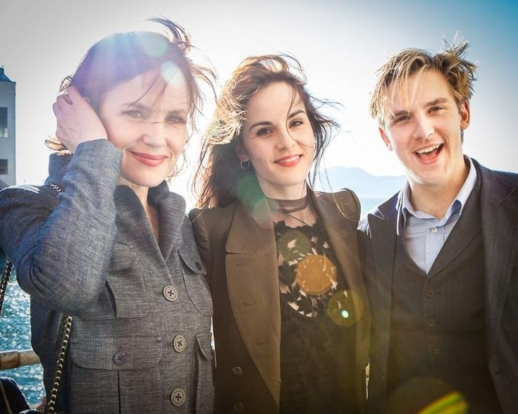 Elizabeth McGovern (Lady Cora), Michelle Dockery (Lady Mary) and Dan Stevens (Matthew)