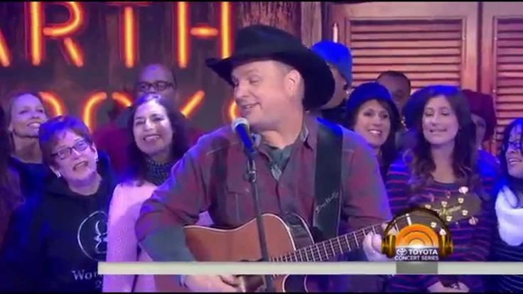 Garth Brooks - Friends In Low Places - Live on Today Show 2015