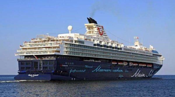 A TUI hajótársaság egy Német Turisztikai cég tulajdonában lévő vegyesvállalat, melyet a TUI AG és a Royal Caribbean Cruises Ltd. (Norvég-Amerikai hajótársaság) üzemeltet. A társaság 2009-ben kezdte működését német vagy németül beszélő utasai számára, akik a prémium hajós utat választják élményszerzés céljából. A fedélzeten lévő szolgáltatások alapvetően a német ízlésvilágra lettek elkészítve, beleértve úgy az ételeket, mint a szórakoztató eseményeket.