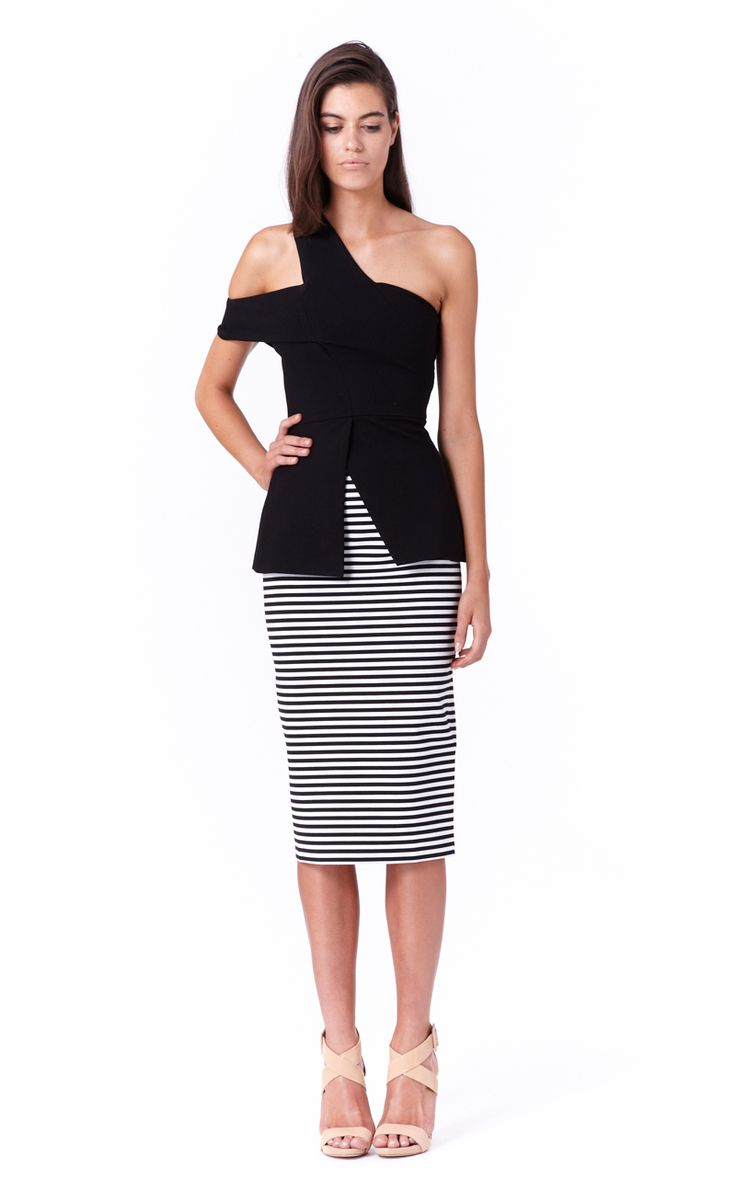 http://frontrow.com.au/product/annabell-top-black/