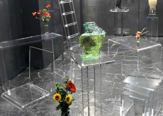 Plexiglas 75 - MICHEL SELIM CREATION - SARL TIFF & CO : altuglas, 75002, Idf, Paris, meuble plexiglas, socle plexiglas, vitrine plexiglas
