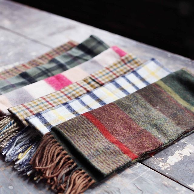 Stay stylishly warm this winter with a linen and wool scarf from Barbour. Shop the link in our bio to stock up in the event of another Snowpocalypse.  #Barbour #Preppy #Winter