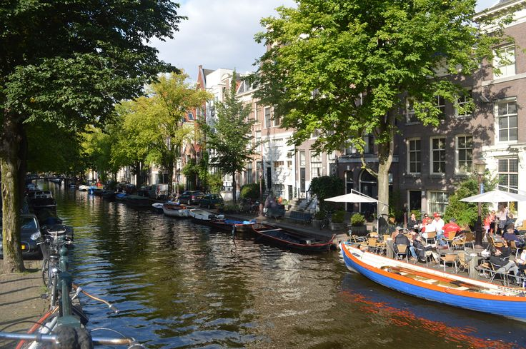 Amsterdam Canals.One of the best view of the Amsterdam Centrum.must visit place for the vacation.Spend your vacation with family very comfortable through  http://www.stayaway.com/Hotel-amsterdam-centrum.html #hotelamsterdamcentrum #hotelsnearschipholamsterdam #hotelsnearmadametussaudsamsterdam http://www.stayaway.com/Hotels-near-schiphol-amsterdam.html