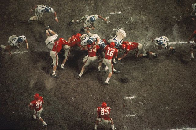 SI's Neil Leifer captures this aerial view of a 1965 Kentucky-Houston college football game at Robertson Stadium in Houston. (Neil Leifer/SI)